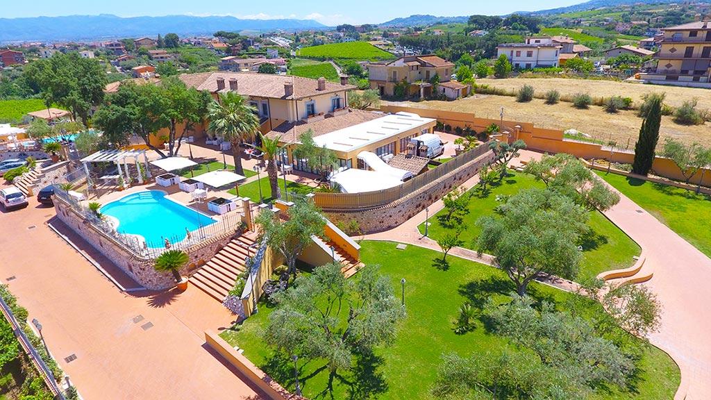 Matrimonio Country Chic Castelli Romani : Villa twins il tuo country resort ai castelli romani